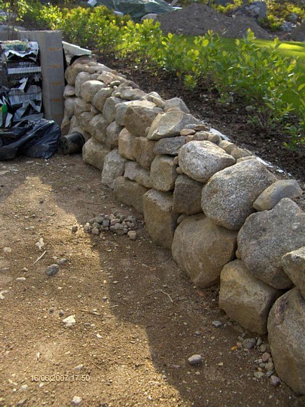 Kivimuuri Luonnonkivistä
